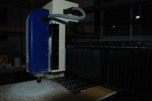 Skimz CNC factory-cutting machine