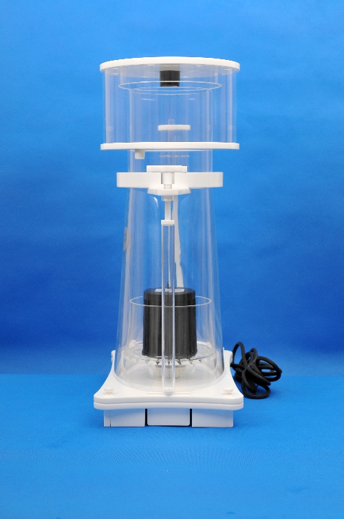 Space Saving Skimz SV253 Oval Protein Skimmer Side View